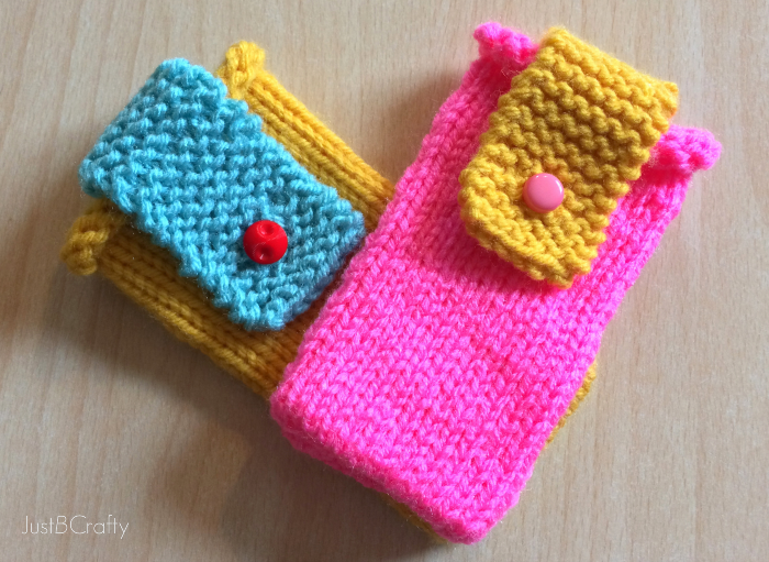 Easy Knitting Crafts For Beginners : Knit color block iphone cover just be crafty