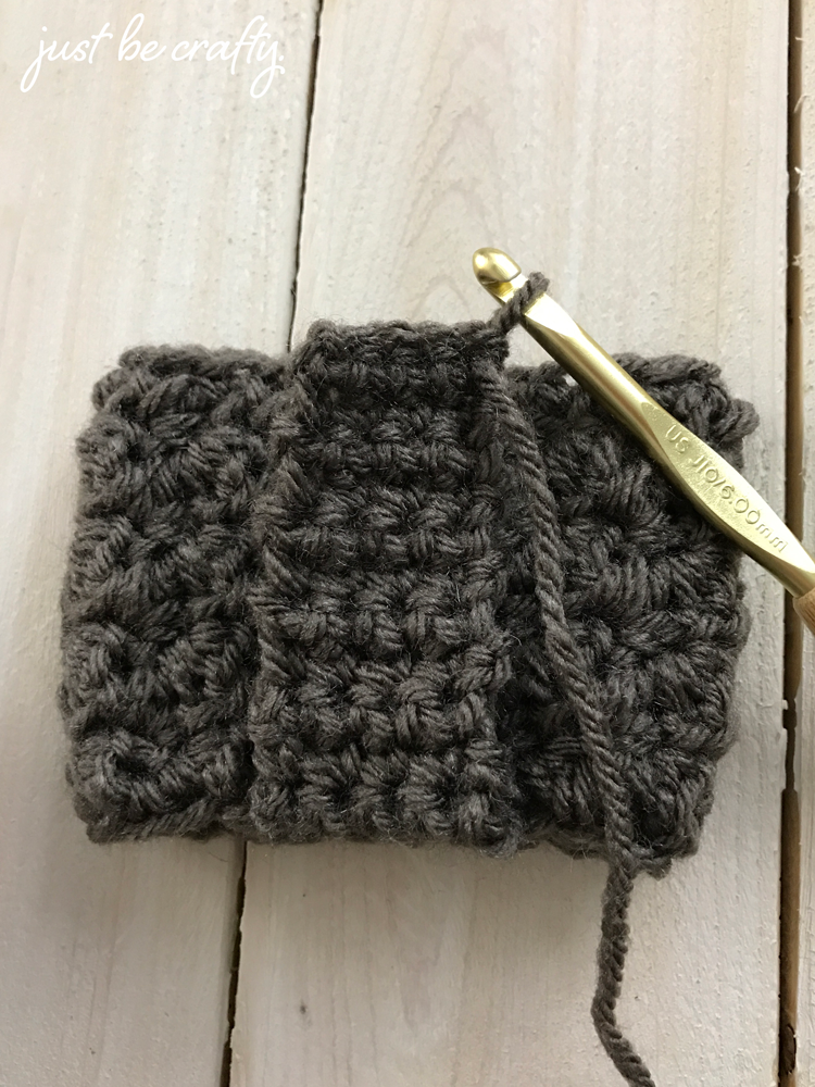 Crochet Mason Jar Cozy Pattern; Mason Jar Cozy; Free Crochet Pattern