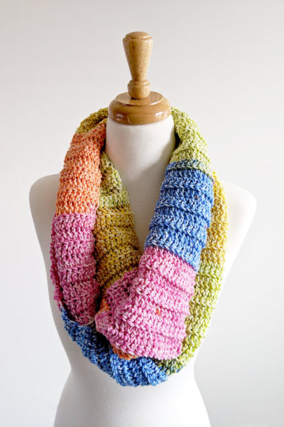 Crochet Ribbed Color Block Cowl