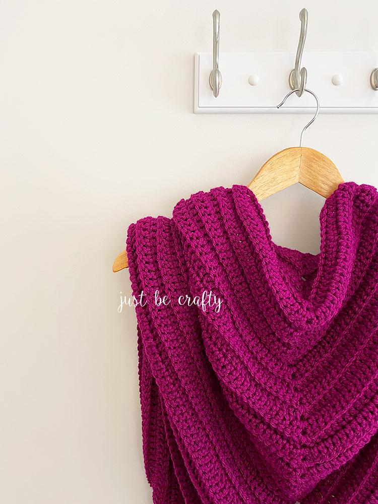 boysenberry triangle shawl pattern